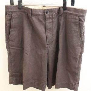 Tommy Bahama Men's Size 35 Cargo Shorts